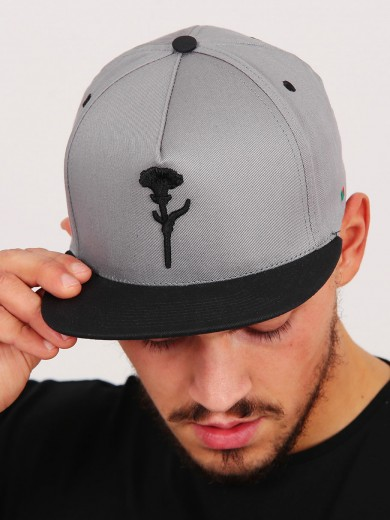 CASQUETTE SNAPBACK VIP OEILLET